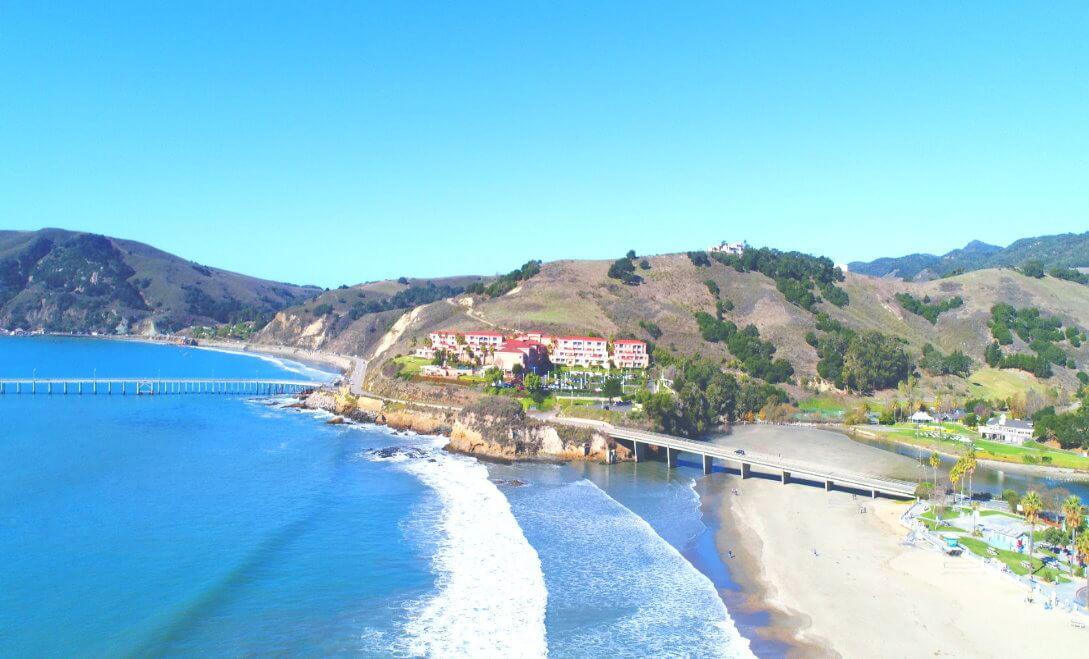 Beachfront-Hotel-Stay-in-Seaside-Village