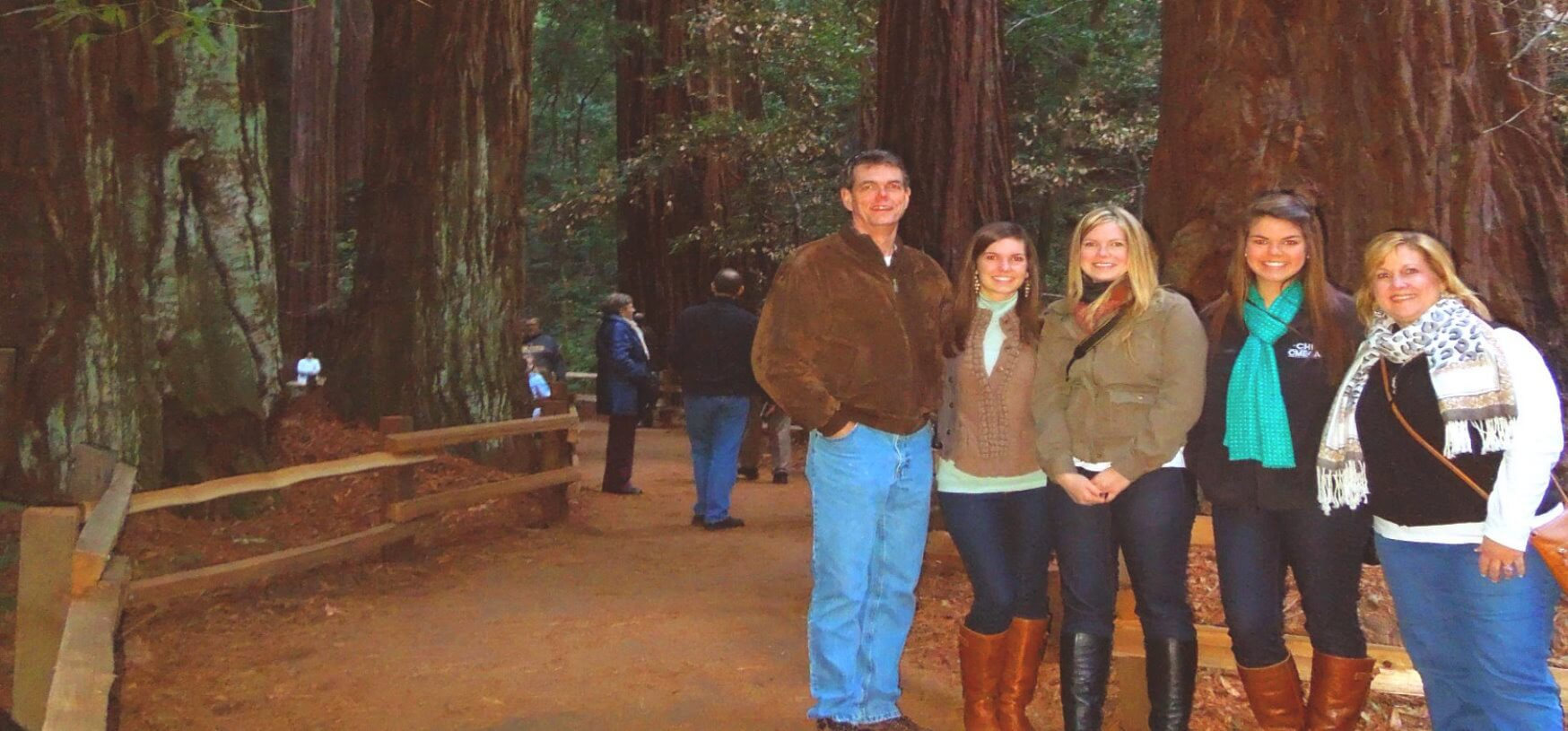 Best-Private -custom-Tours-of-Muir-Woods-Sausalito-Napa