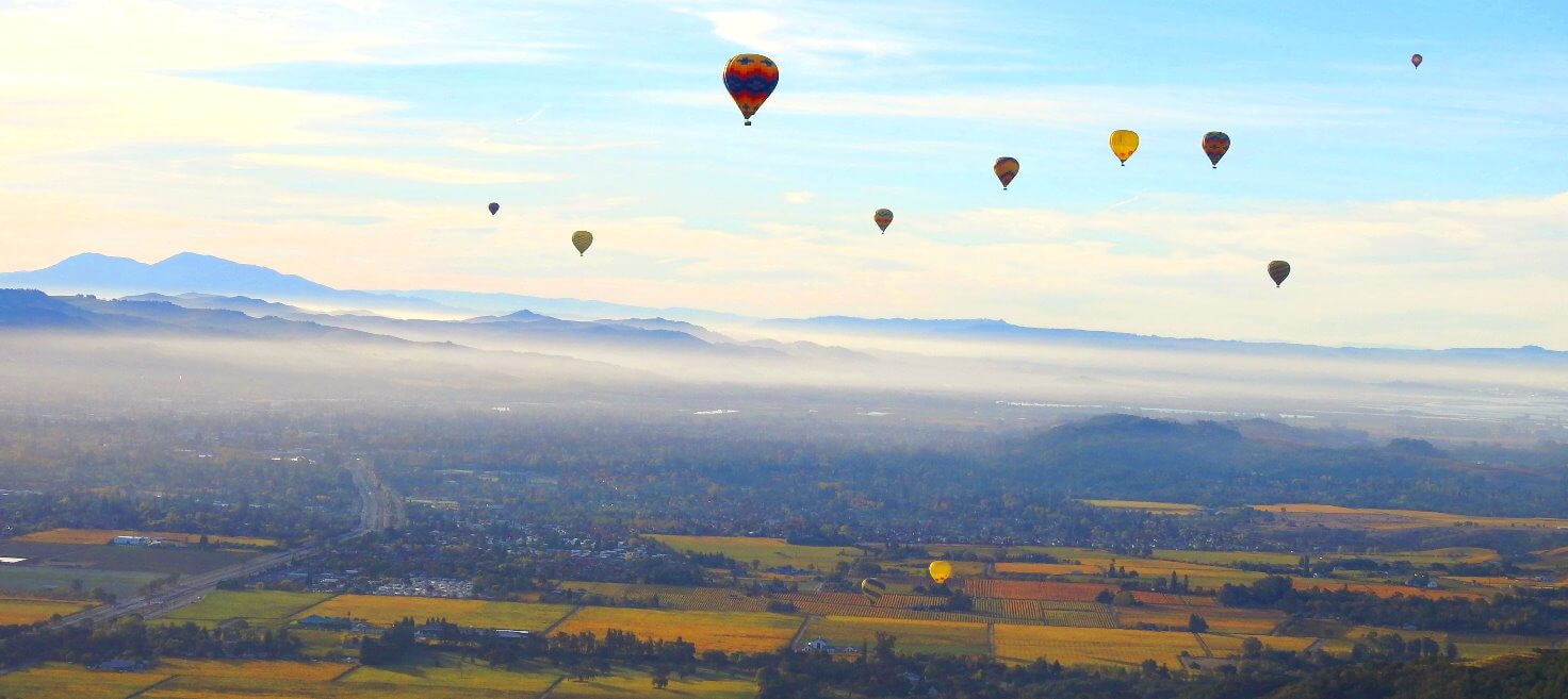 Erfahren-Sie-unsere-Heibluftballonfahrt-uber-Napa-im-kalifornischen-Weinanbaugebiet