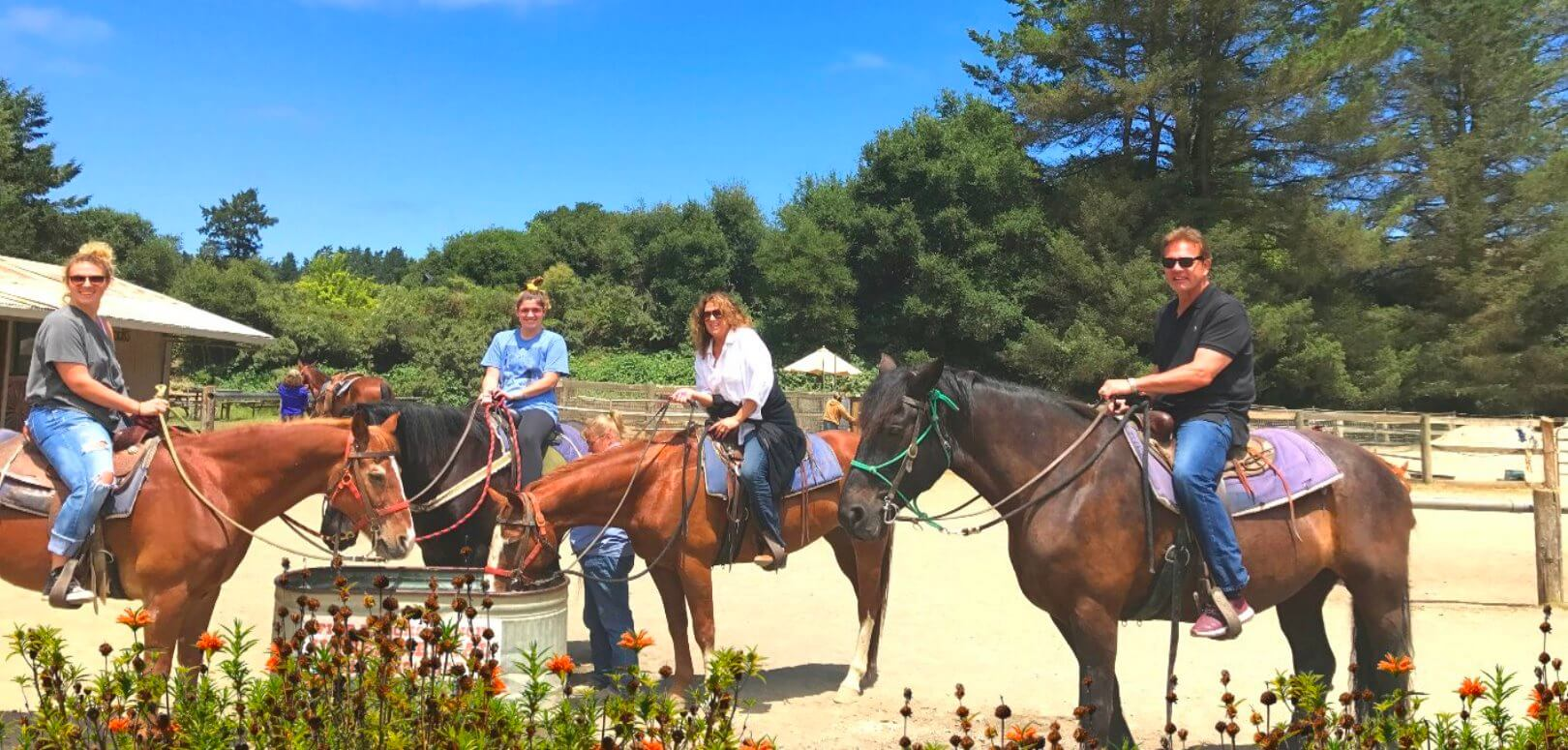 Horseback-Riding-Tour-Whole-Family-Outdoor-Activities