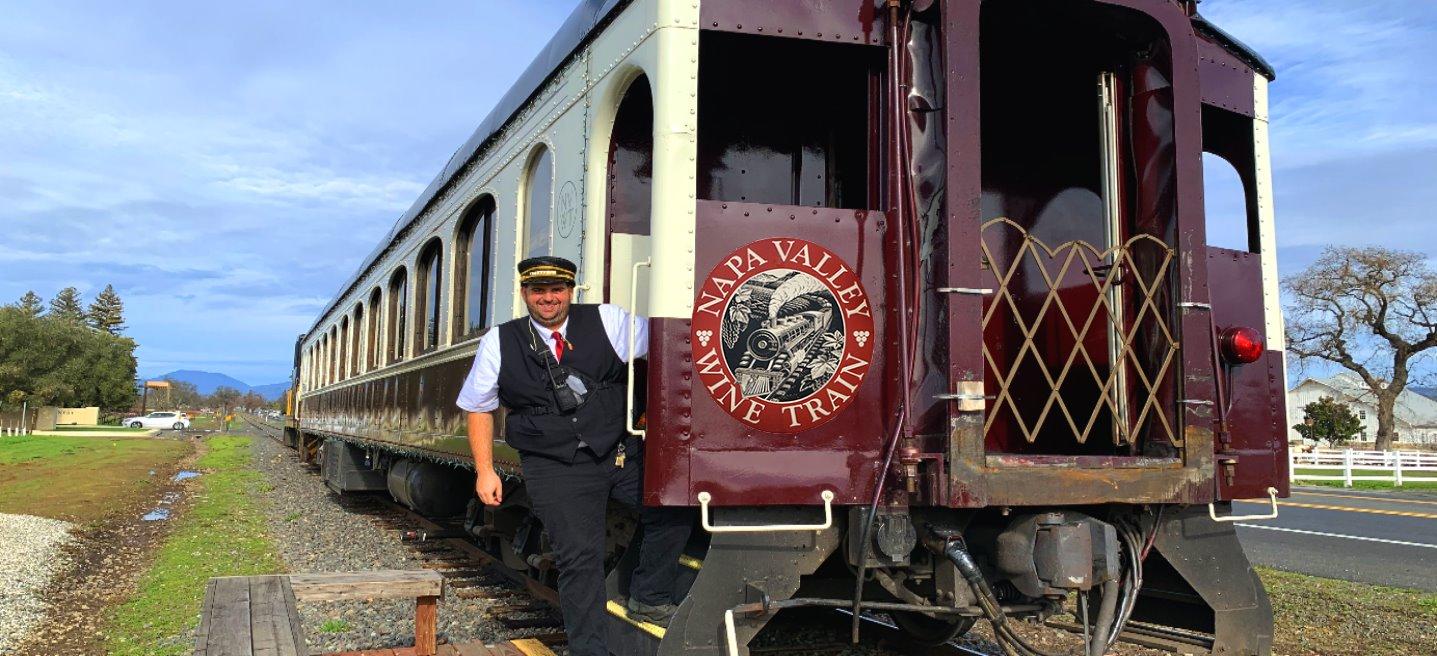 Napa-Valley-Wine-Train-Romantic