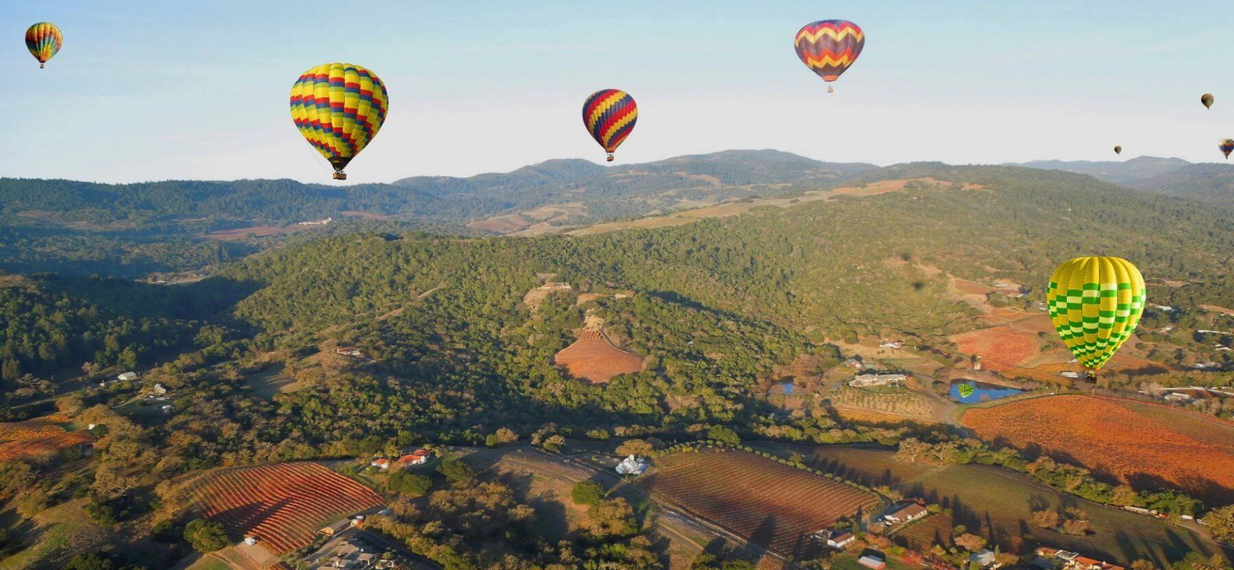 Thrilling-Hot-Air-Balloon-Rides-Valley