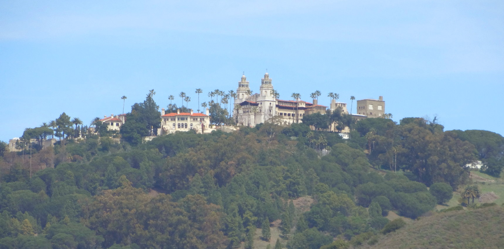 Visit-Hearst-Castle-in-California