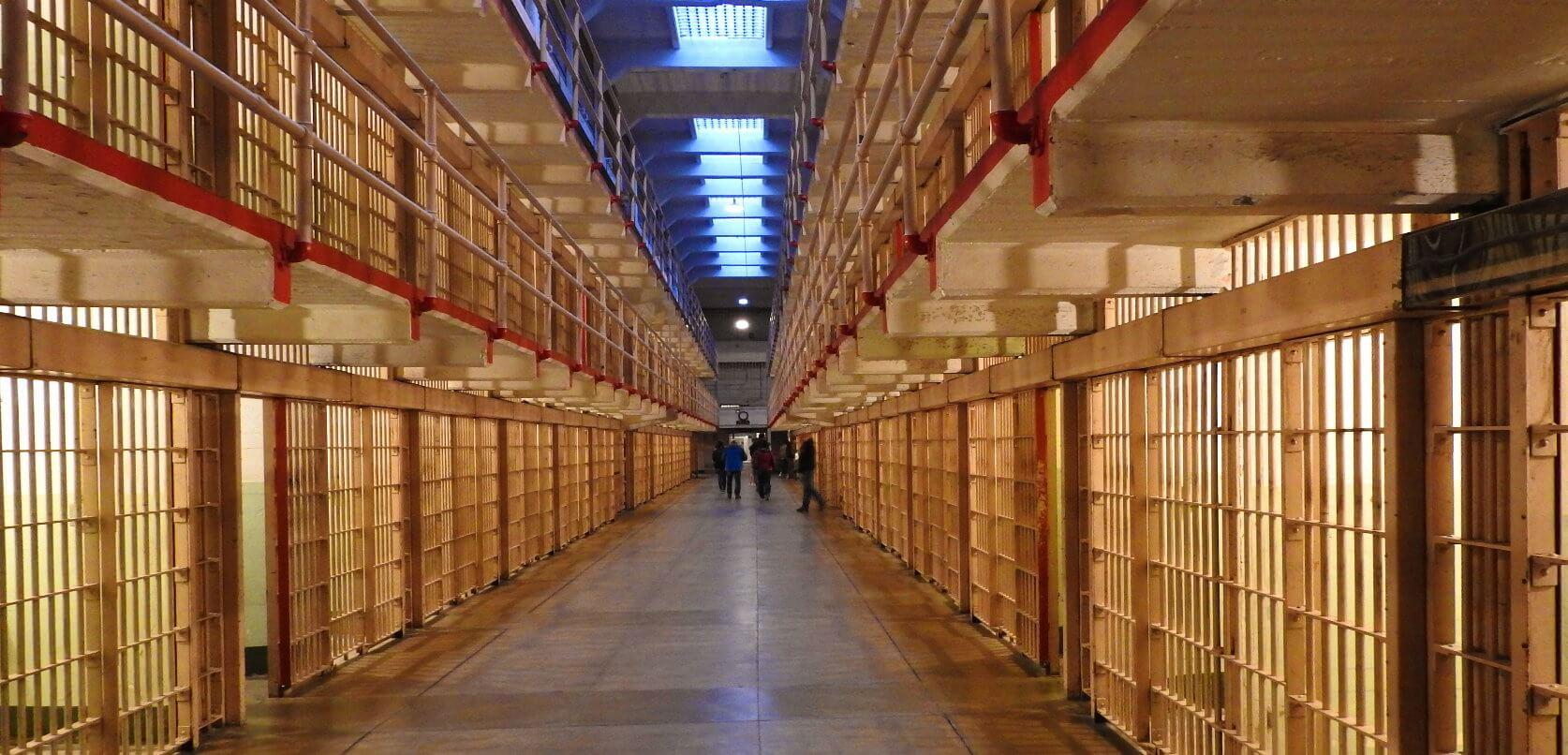 Visite-nocturne-d-Alcatraz-et-billets-pour-visiter-la-prison-sanfrancisco