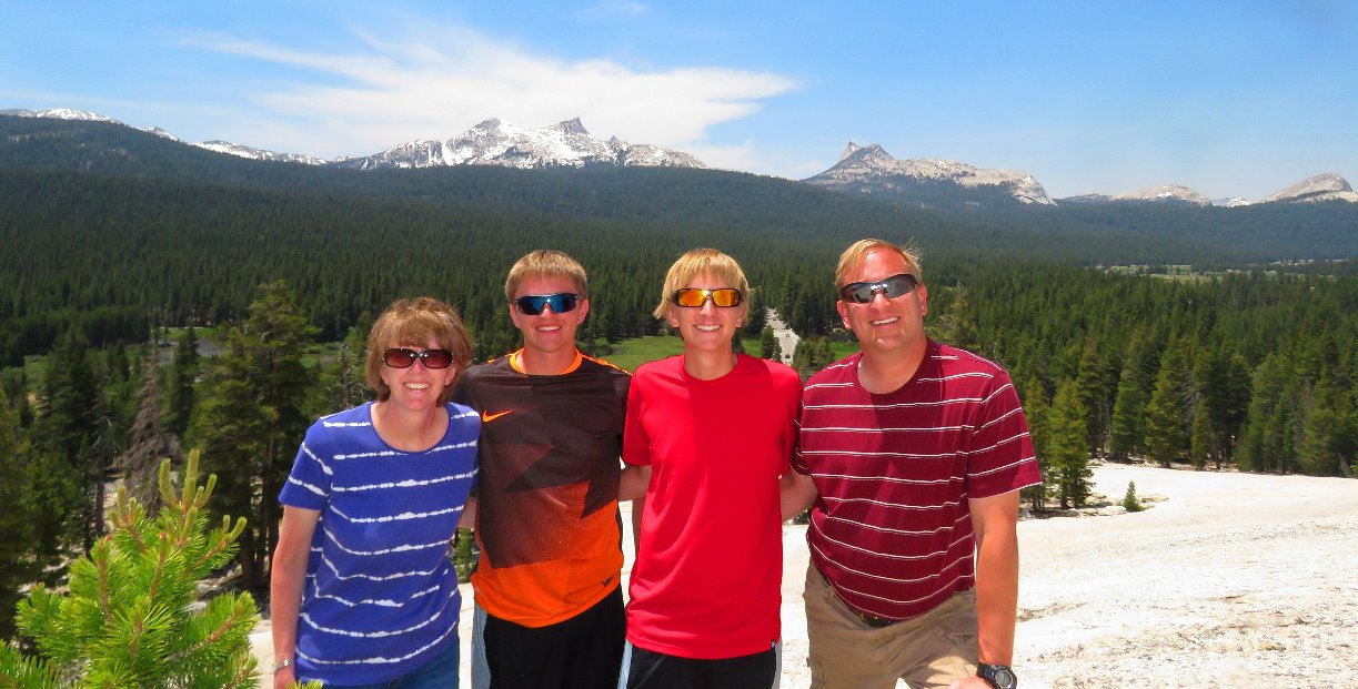 things_to_see__in_tuolumne_meadows__attractions_and_activities_in_yosemite_national_park_attractions