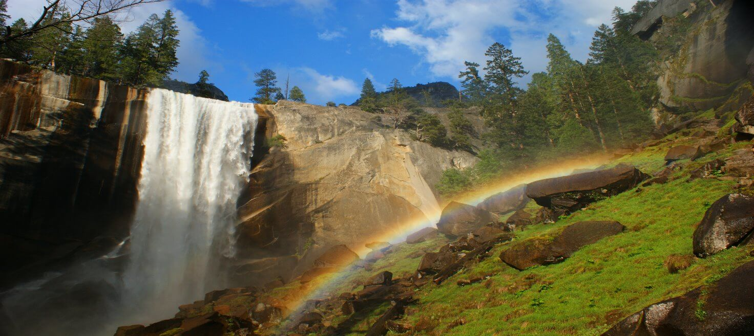 yosemite_day_hike_to_vernal_falls_nevada_falls